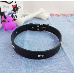 Collar de Perro con Huesitos, 67 cm