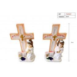 Figura cruz de yeso para bautizo. Figura para niña.